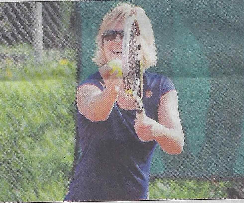 Die Einsaler Damen 40 um Sabine Fanieng wurden im MK-Derby gegen Halver unter Wert geschlagen. Foto Schäfer
